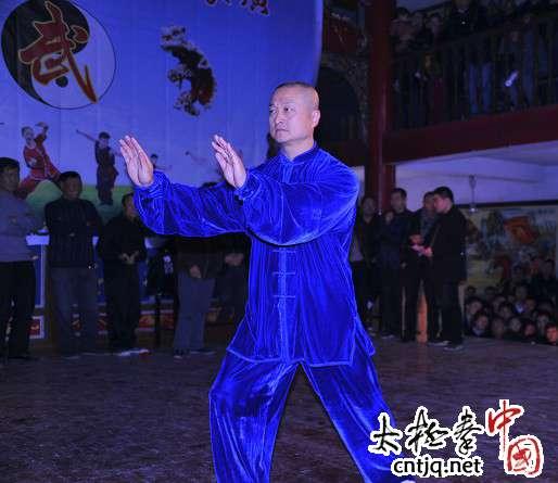 2012元旦徐胜在平阳武术汇演做表演