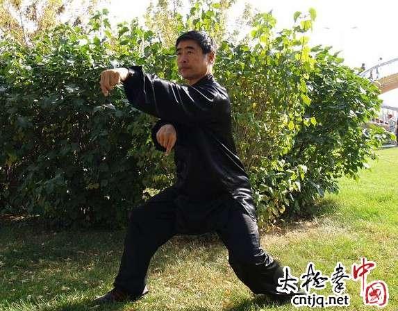 练好太极拳关键在用腰
