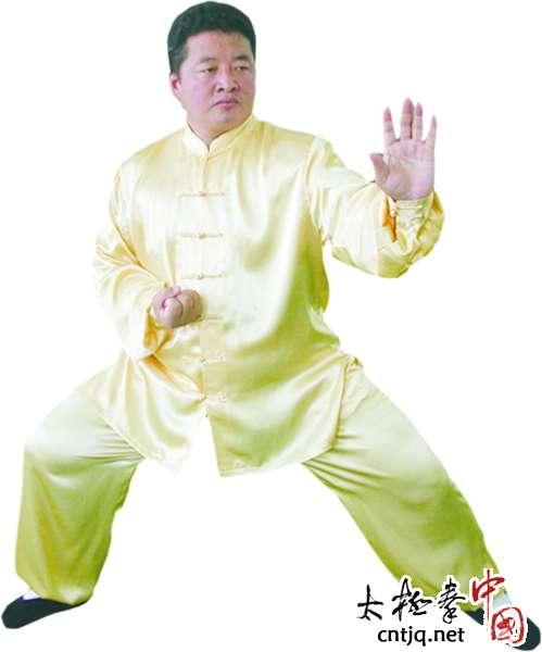王大春:亦武亦商 让太极拳福祉惠泽更多人