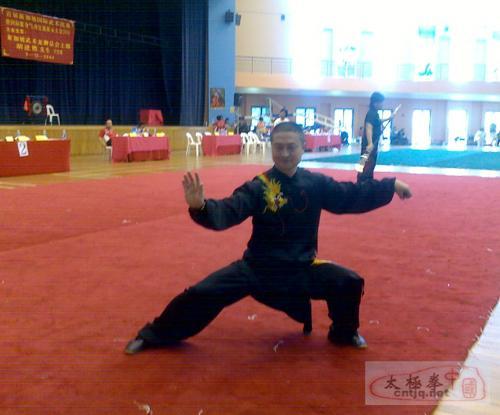 温州太极名师徐胜新加坡比赛获奖