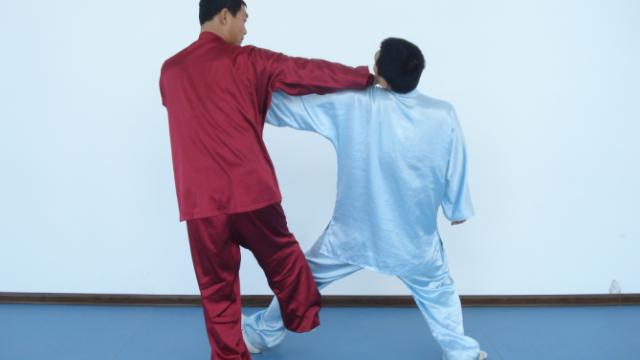 长期久坐和长期开车的人如何练习太极拳恰到好处