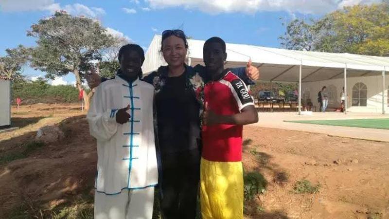 太极名家郑冬霞受邀参加赞比亚国家武术队训练中心落成仪式